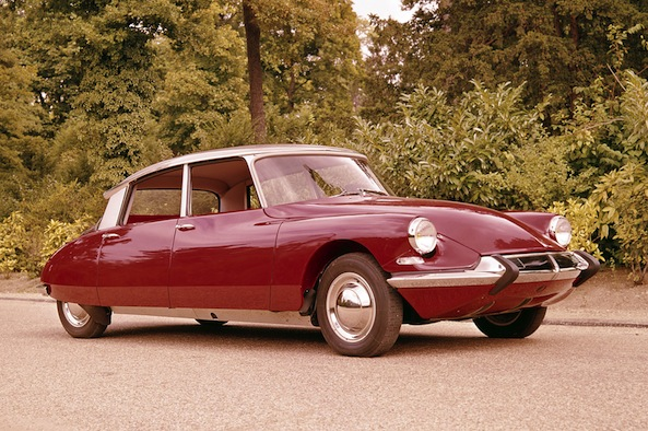 Citroen DS: The Godess